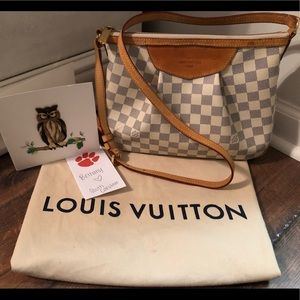 Authentic LV Siracusa PM